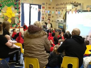 nursery-story-session-parents